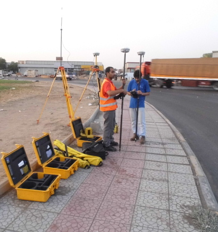 UTS workers on site calibration
